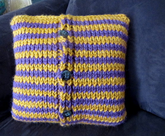 knit pillow back