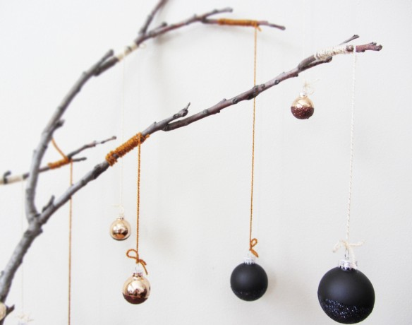 DIY Holiday ornament branch :: stuff steph does